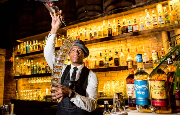 The Glittering Lives of Manhattan's Rum Bunch